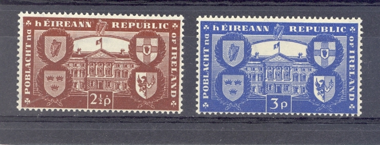 Ireland SG 146-7 International Recognition of Republic. Unmounted Mint