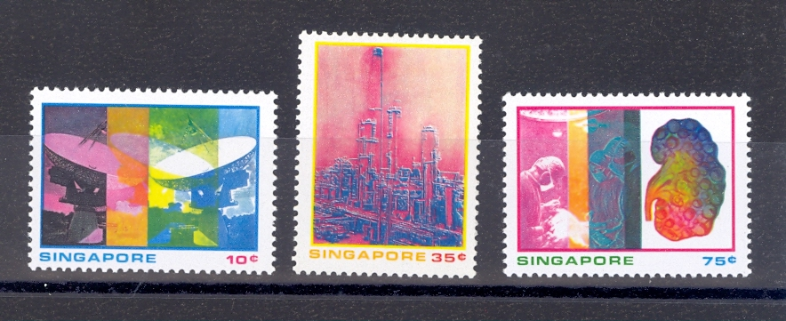 Singapore SG 253-5 1975  Science & Industry Set. MNH
